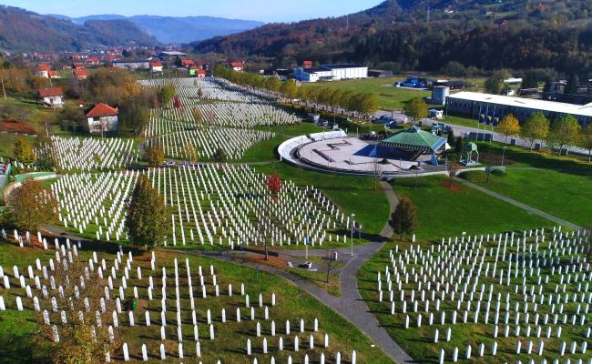 The Srebrenica Genocide Lest We Forget Islamicity