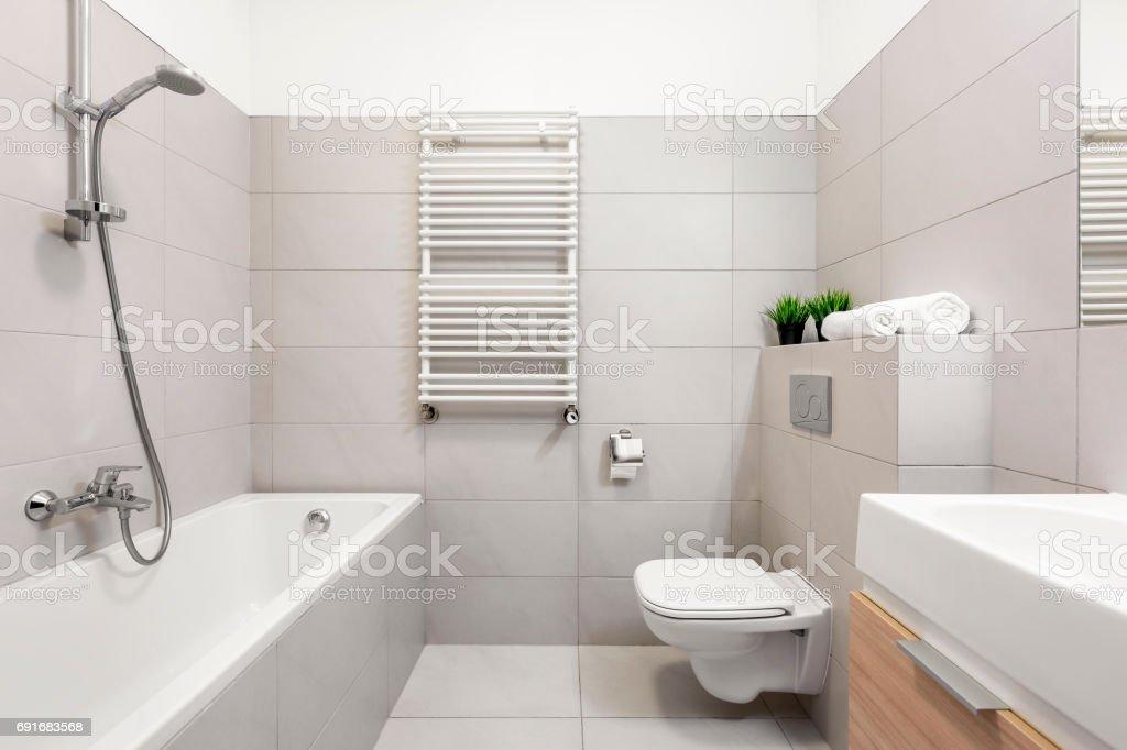 photo libre de droit de salle de bain beige avec banque d images et plus d images libres de droit de a la mode istock