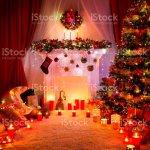 Weihnachten Raumlicht Kamin Baumschmuck Weihnachten Neujahr Haus Innen Stockfoto Und Mehr Bilder Von Baum Istock