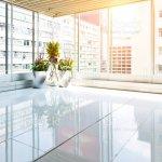 Leeres Modernes Buro Mit Glasfenster Stockfoto Und Mehr Bilder Von Arbeitsstatten Istock