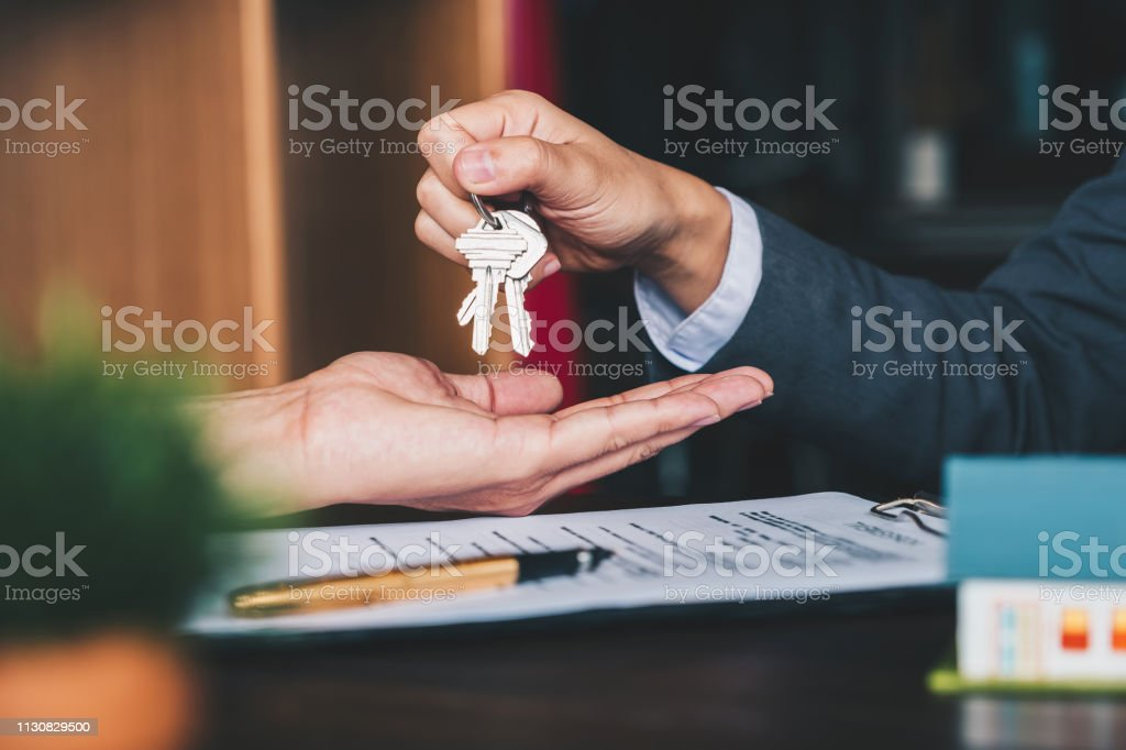 best real estate stock