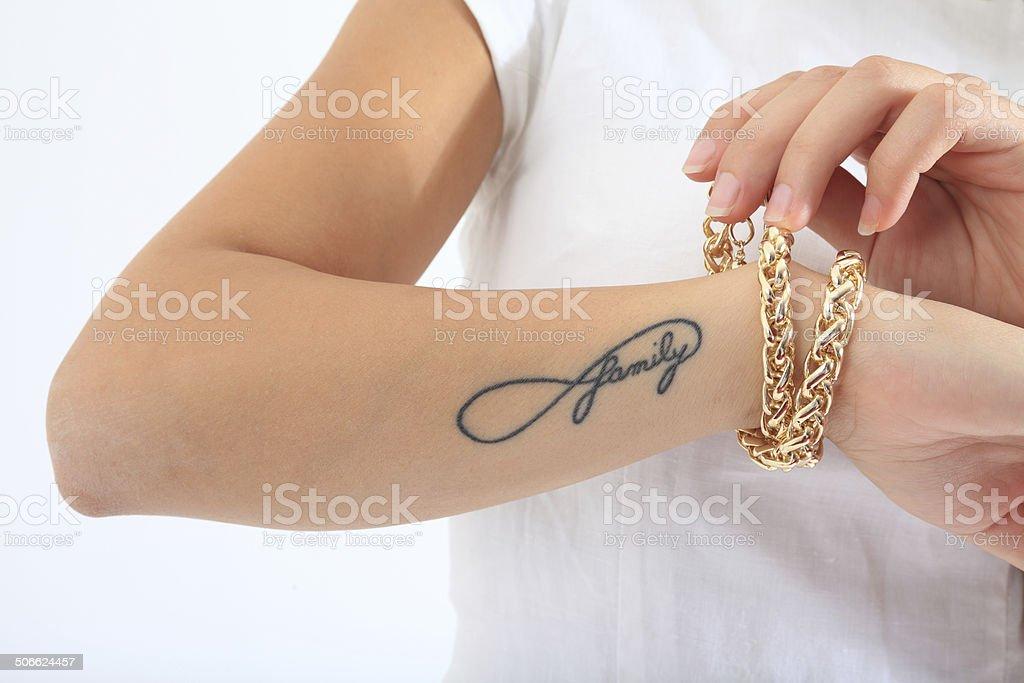 Familia Tatuaje En El Brazo Foto De Stock Y Más Banco De Imágenes De