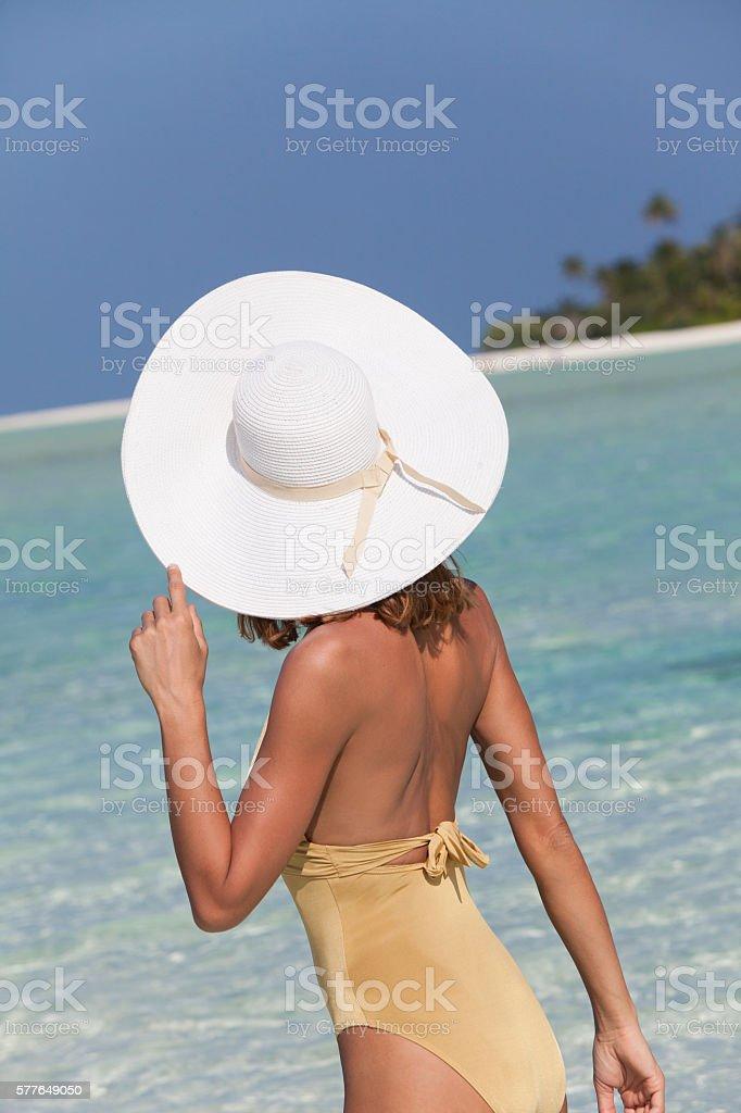 Une Femme à La Mer : femme, Femme, Stock, Photo, Download, Image, IStock