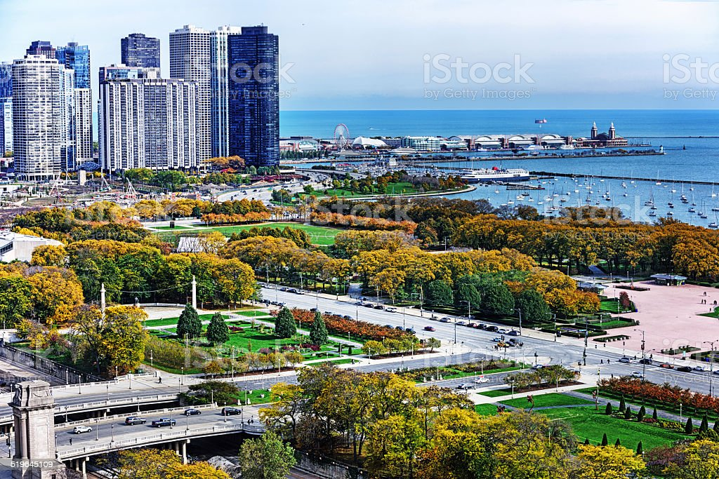 Grant Park In The Loop Downtown Chicago Stock Photo - Download Image Now - iStock
