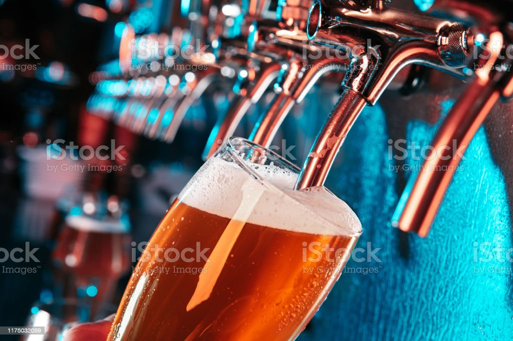17 241 beer tap stock photos pictures royalty free images istock