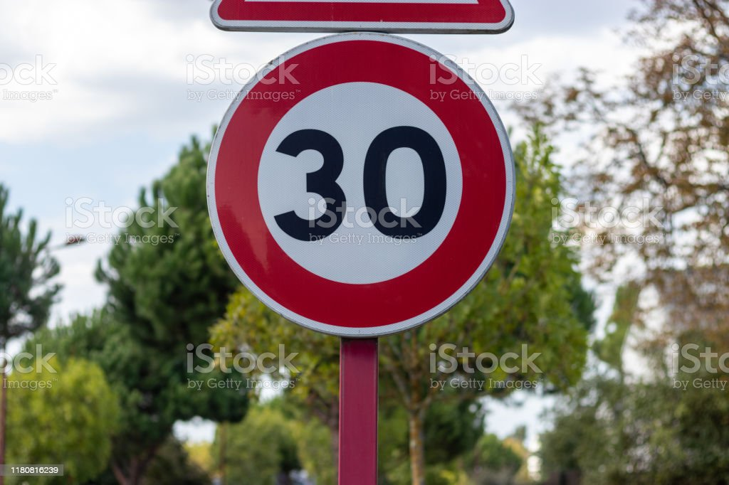 30 Miles Per Hour Stock Photos Pictures & Royalty-Free ...