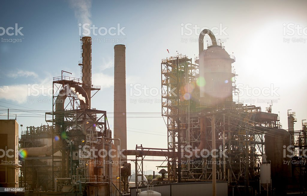 Oil Refinery Stock Photo & More Pictures of 2015 - iStock