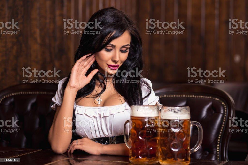 oktoberfest woman wearing a