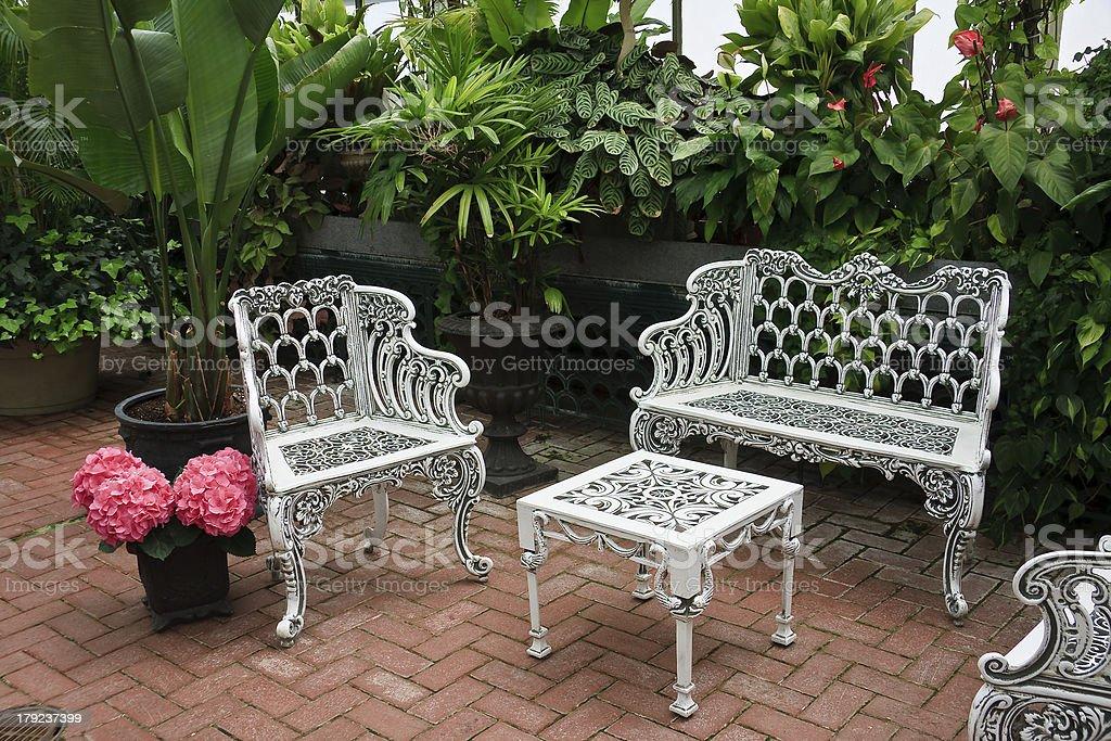 https www istockphoto com photo patio furniture gm179237399 25277738