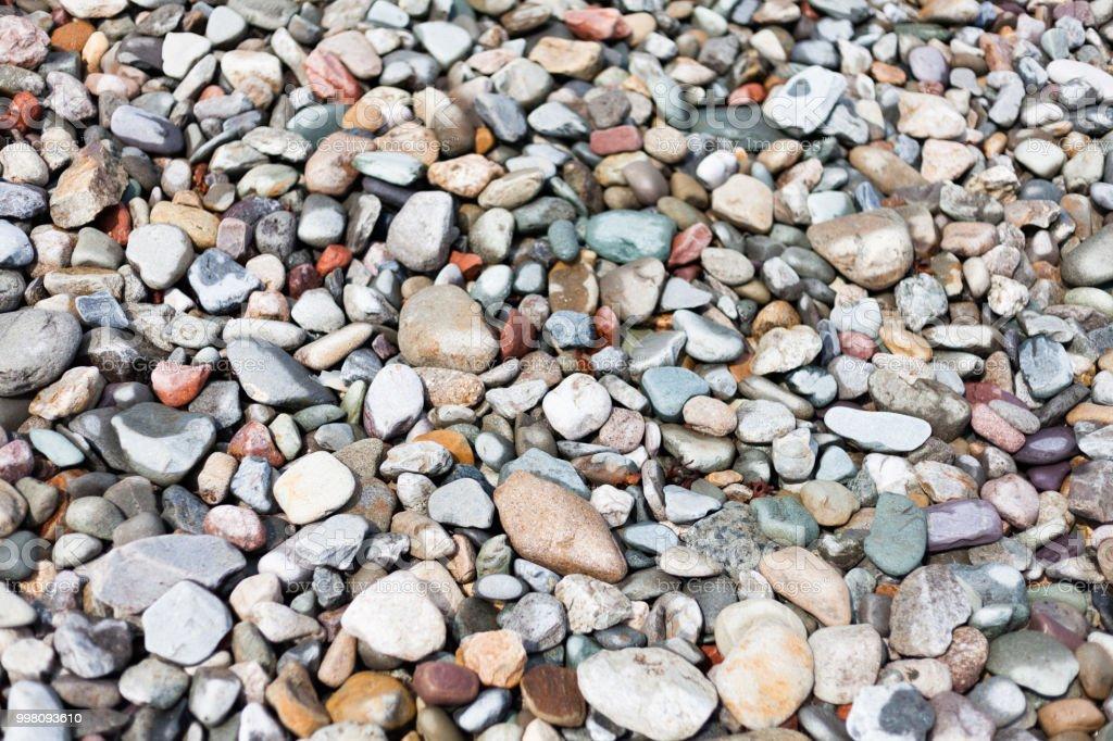 piedras para decorar el patio trasero decoracion para el patio trasero piedras para el camino camino de grava calzada de la grava hermosa grava y piedra para jardin foto de stock y