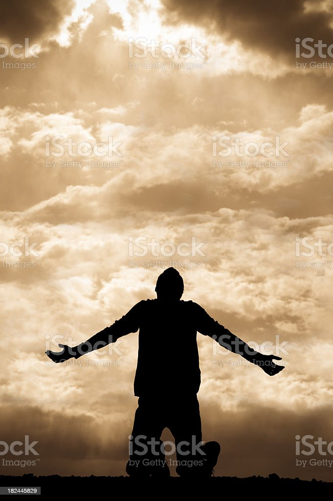 Don T Trust Girl Wallpaper Sepia Silhouette Of Man Praying Towards The Sky On His