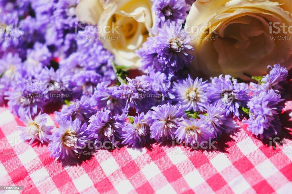 すべての花の畫像: 新著紫色花桌布