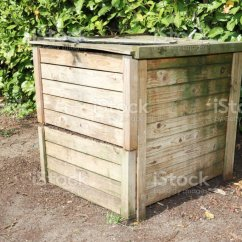 Compost Bin For Kitchen Pavestone Outdoor 有機原料木堆肥箱照片檔及更多住宅內部照片 Istock 有機原料木堆肥箱免版稅stock Photo
