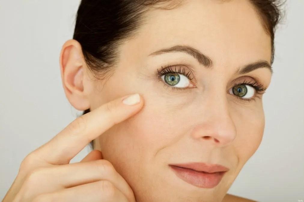 Remedios naturales para atenuar arrugas del contorno de ojos
