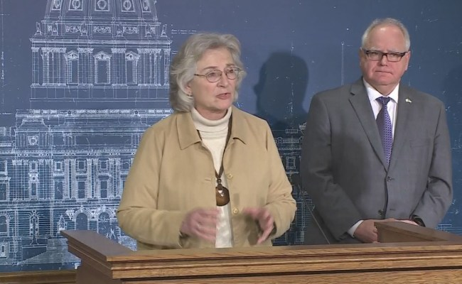 Walz Announces Coronavirus Community Mitigation