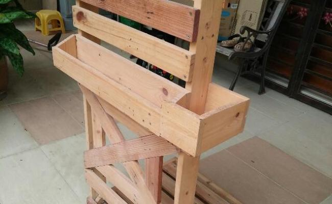 Rak Kayu Pallet Rm80 Home Furniture Furniture On Carousell