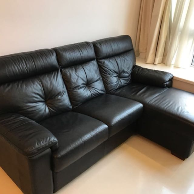 courts sofa cordaroys king bean bag bed reviews black leather from furniture sofas on carousell