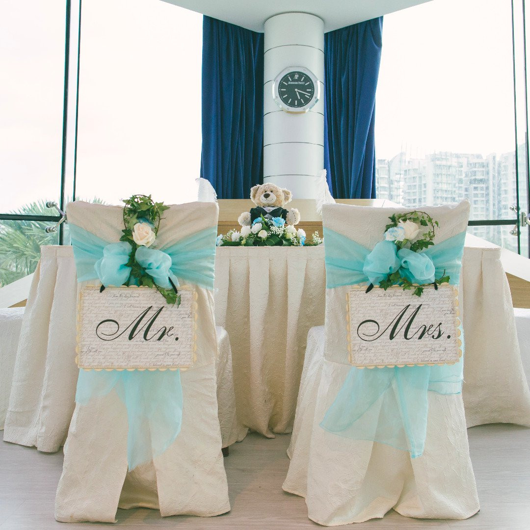 mr and mrs chair signs tent baseball suitcaseweddings rental classic design share this listing