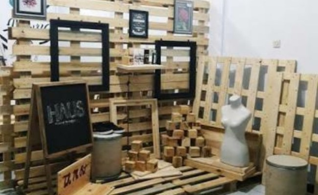 Kerajinan Kayu Jati Belanda Design Craft Artwork On