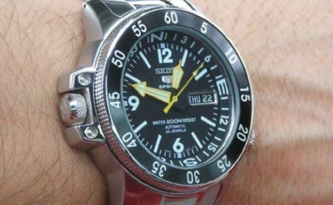 Authentic Brand New Seiko 5 Sport Automatic Japan Made