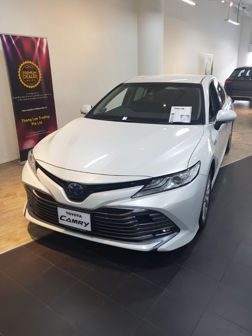 brand new camry hybrid lampu grand veloz toyota 2 5g 2018 cars other vehicles on carousell photo