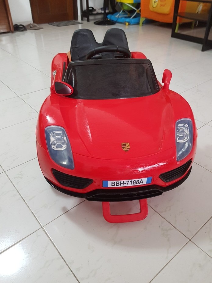 electric car with remote and charger, babies & kids, toys & walkers