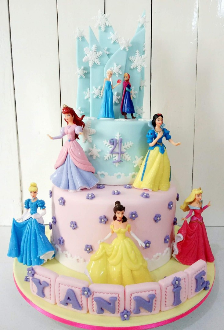 Disney Princess Cake Food Drinks Baked Goods On Carousell