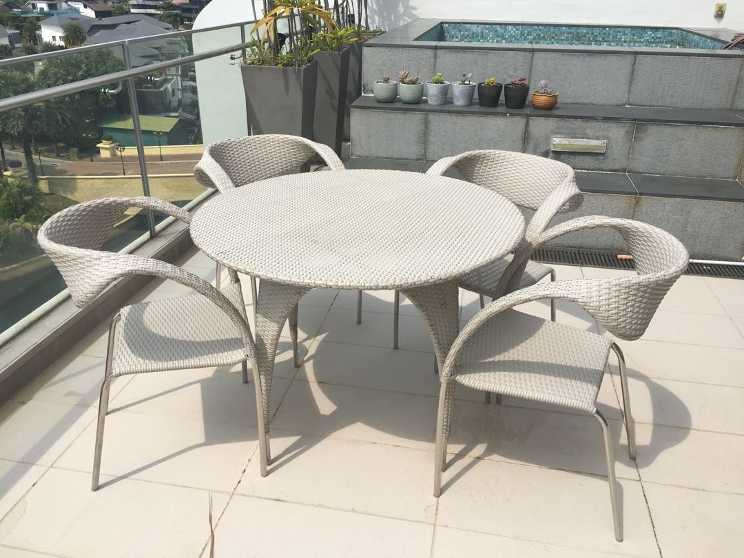 Outdoor Table And Chair Set Outdoor Balcony Round Table Chair Set White