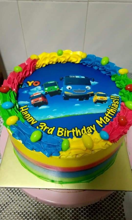 Tayo Bus Theme Bday Cake Food Drinks Baked Goods On Carousell