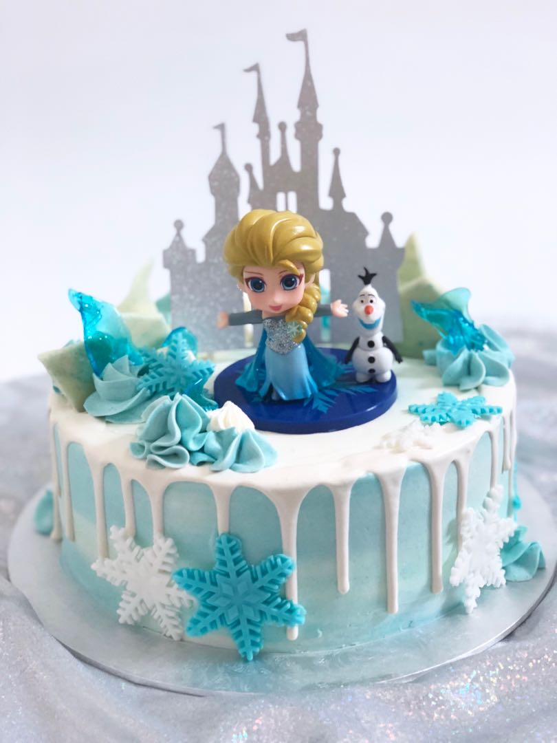 Frozen Elsa Cake Food Drinks Baked Goods On Carousell