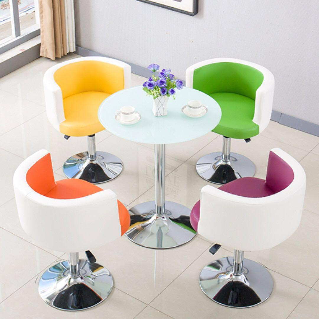 modern style coffee table n chairs set