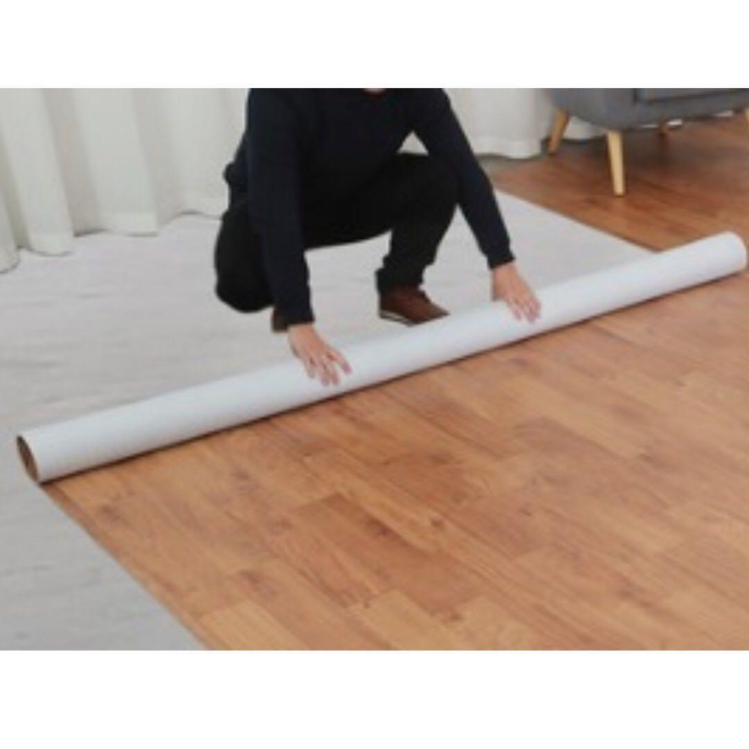 一舖即用. 仿木紋PVC卷裝膠地墊. ($50-200*50cm)多色.地板翻新耐磨防水家用地面膠墊膠料地磚貼搬屋商店, 傢俬 ...