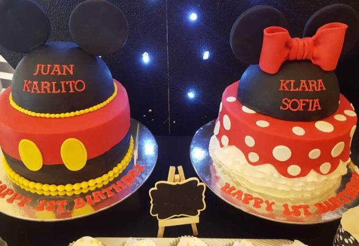 Mickey Minnie Mouse Cake Food Drinks Baked Goods On Carousell