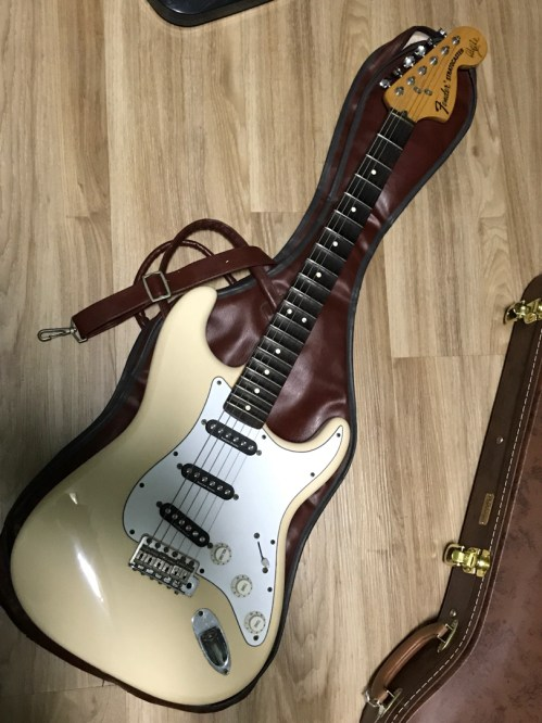 small resolution of fender ritchie blackmore strat mexican music media music instruments on carousell