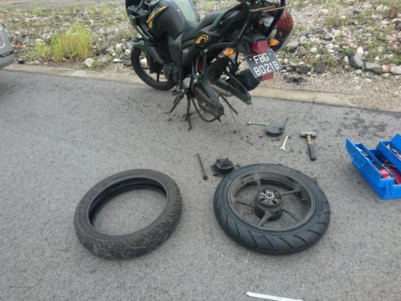 Motorcycle Onsite Tyre Change