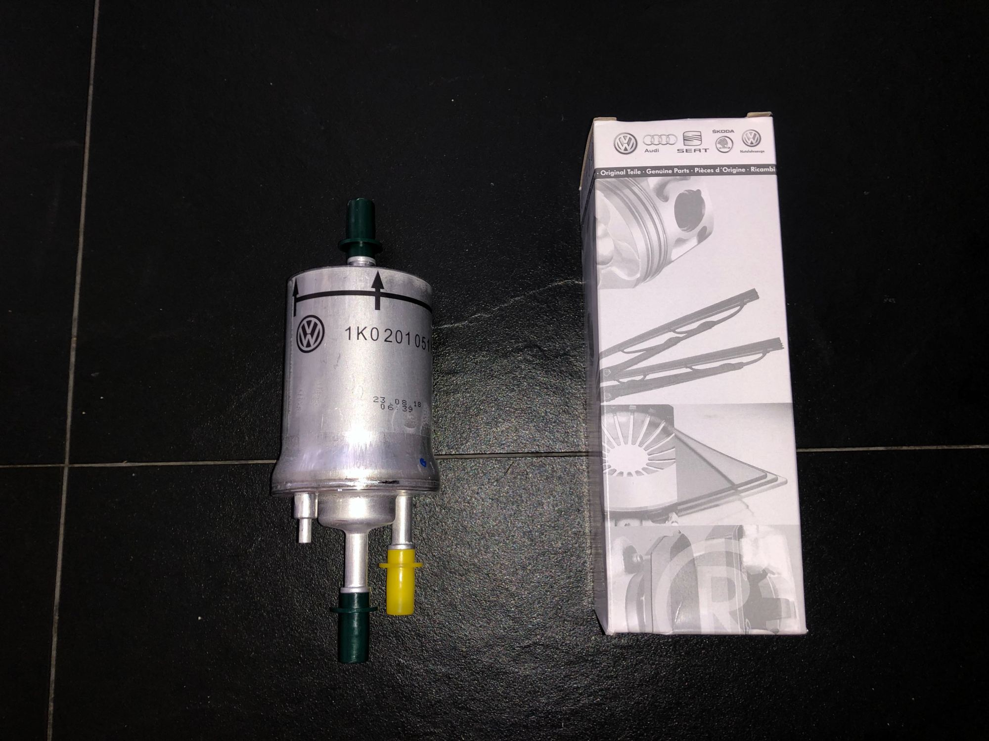 hight resolution of 1k0201051k fuel filter vw golf jetta 1 4 2 0 tsi scirocco audi tt car accessories car workshops services on carousell