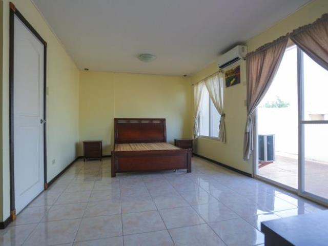 Rfo 3br Flat Type Unit Palm Grove Condo For Sale Paranaque