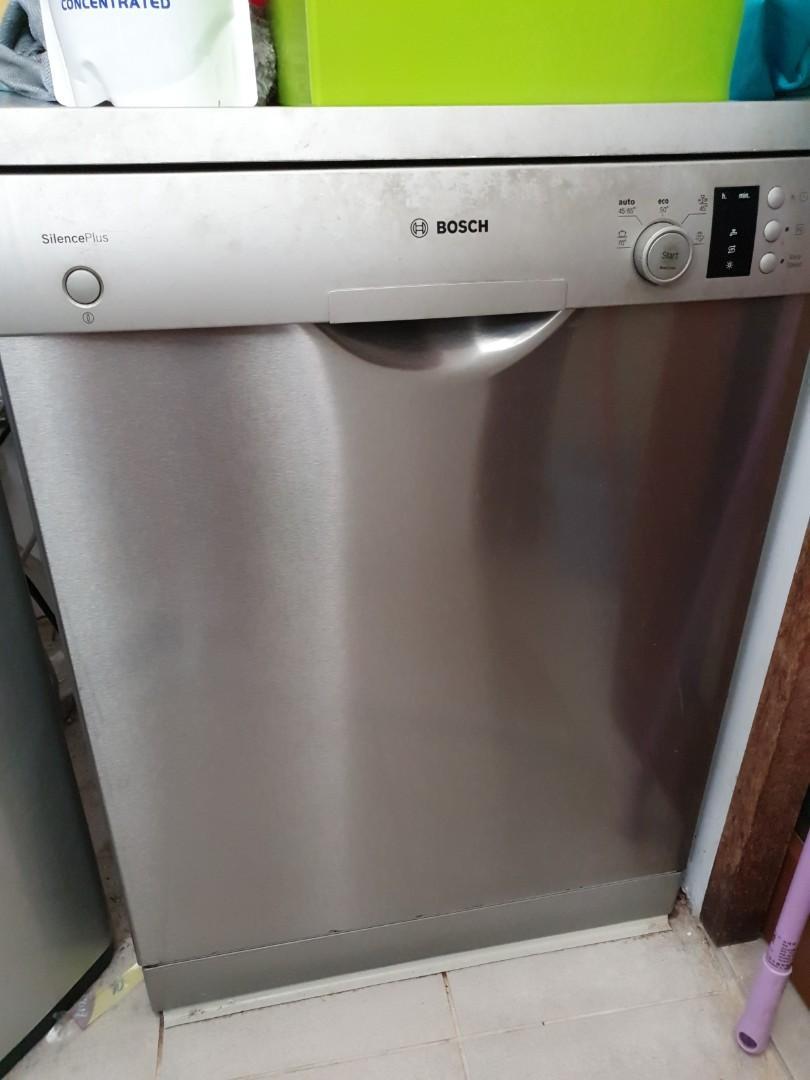Bosch Dishwasher Free Installation : bosch, dishwasher, installation, Bosch, Dishwasher, Standing,, Appliances,, Kitchenware, Carousell
