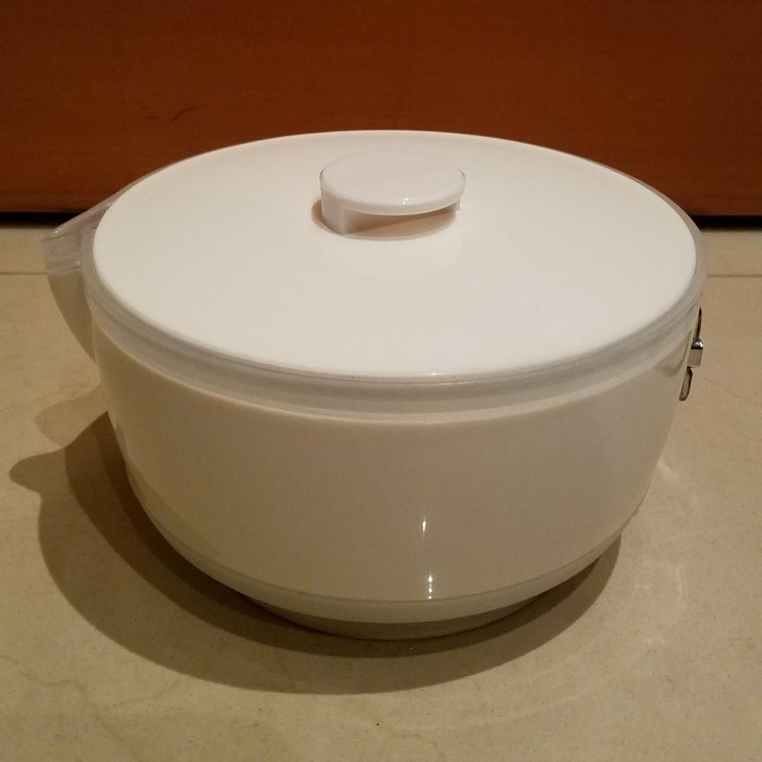 全新特大 1 公升旅行 折疊 摺疊 電水煲量 雙電壓, 旅行, 旅行必需品, 旅行配件 - Carousell