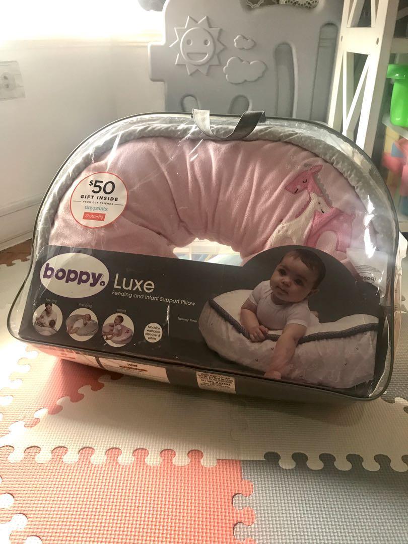 boppy luxe feeding and nursing infant
