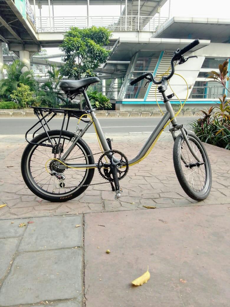Sepeda Phoenix Minion : sepeda, phoenix, minion, Sepeda, Minion, Phoenix, Inchi,, Raga,, Carousell