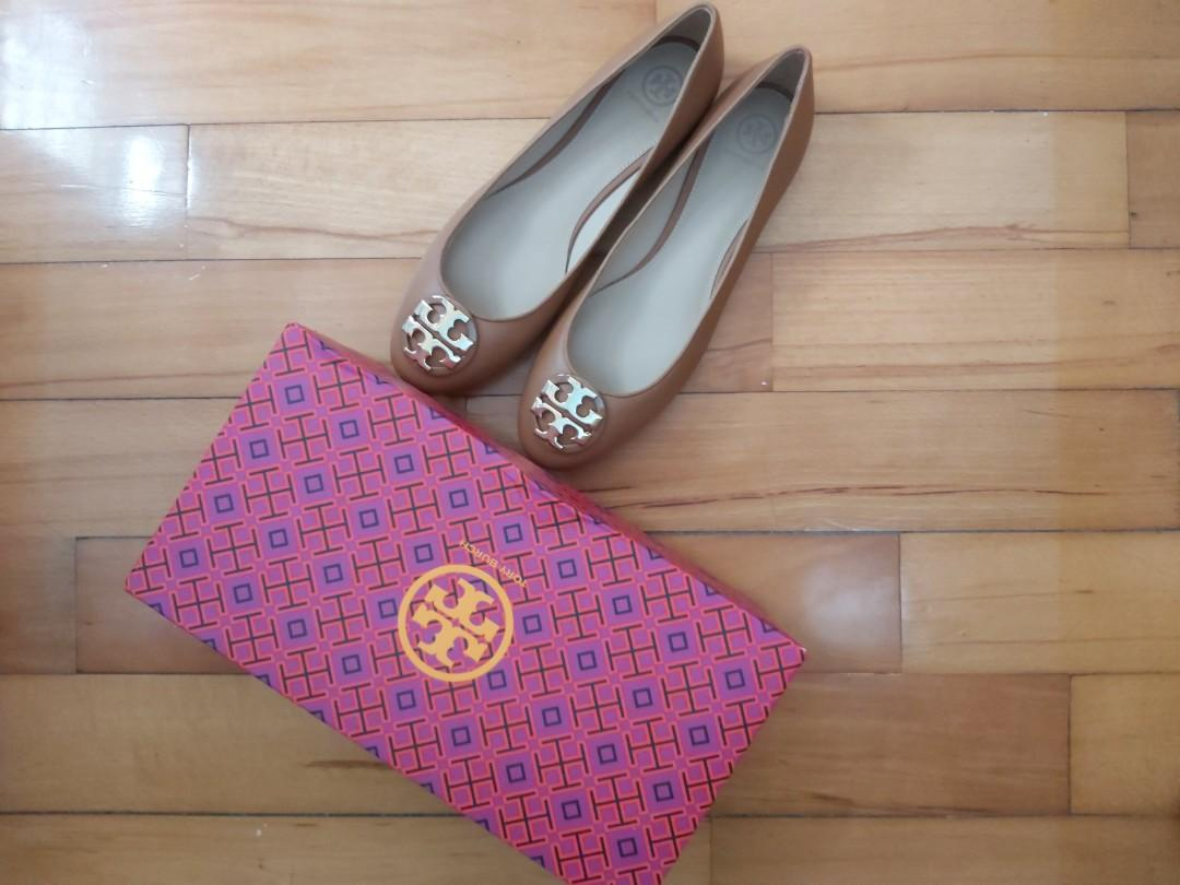 Tory Burch flat shoes 平底鞋 US size 11, Luxury, Apparel on Carousell