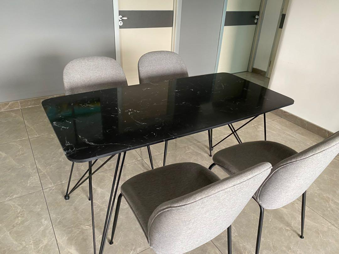 Small Dining Table For Sale Furniture Tables Chairs On Carousell