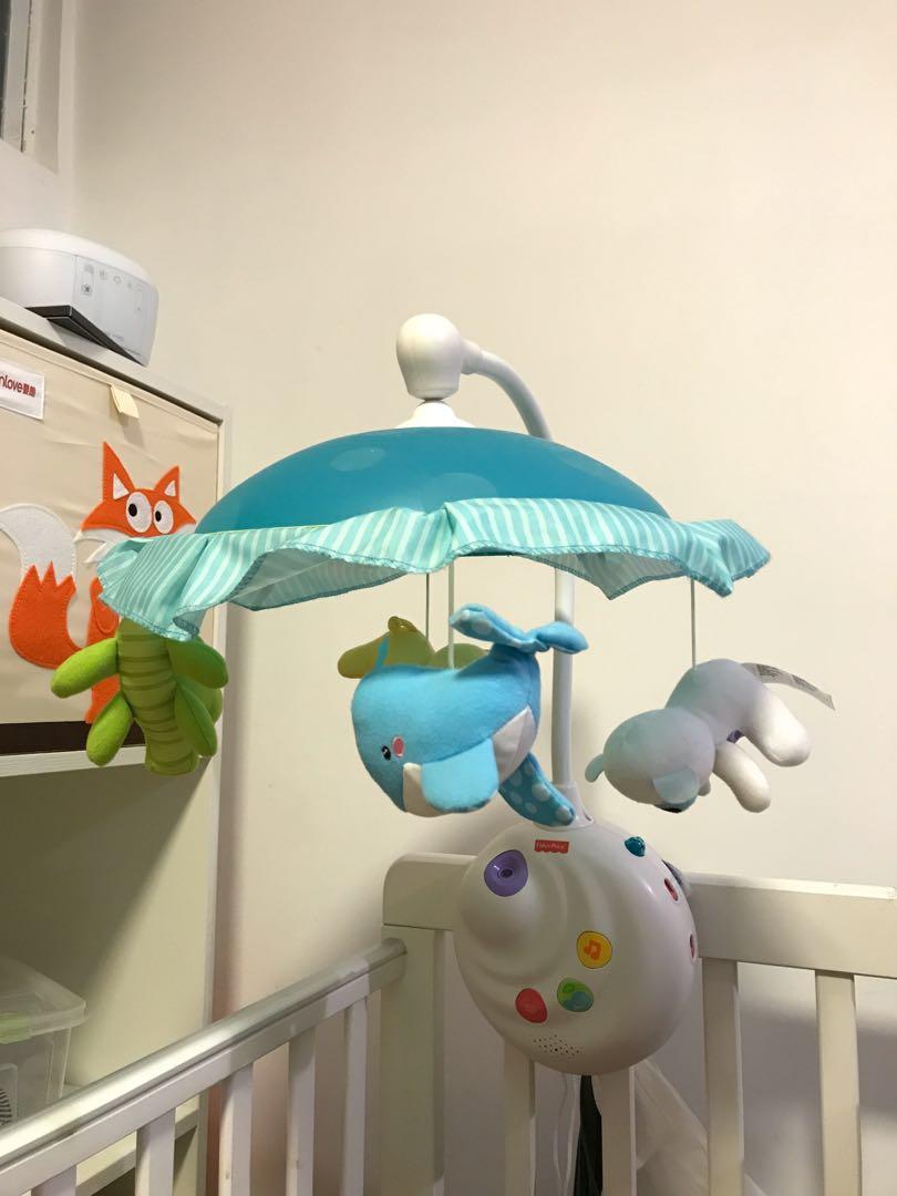 bb 音樂床鈴 fisher-price. 兒童&孕婦用品. 玩具 - Carousell