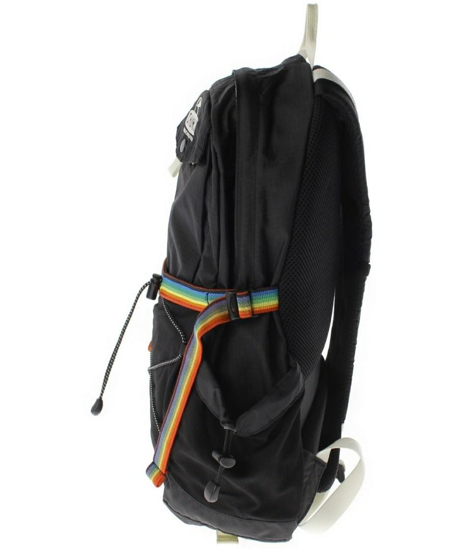 原價16.800円?? 日本戶外品牌CHUMS小企鵝黑色背囊. 女裝. 女裝袋 & 銀包 - Carousell