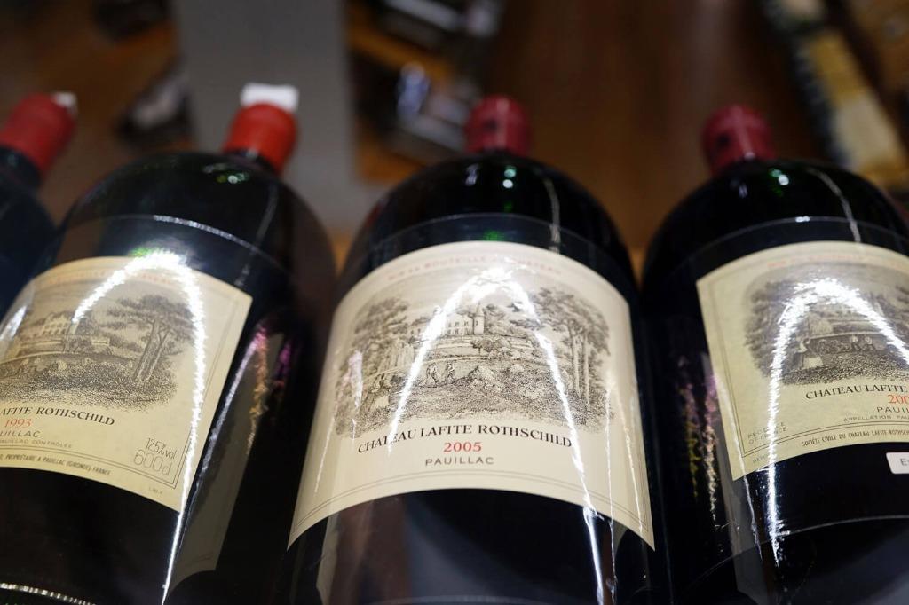 回收lafite 紅酒回收 紅酒lafite 拉菲, 嘢食 & 嘢飲, 酒精類飲品 - Carousell