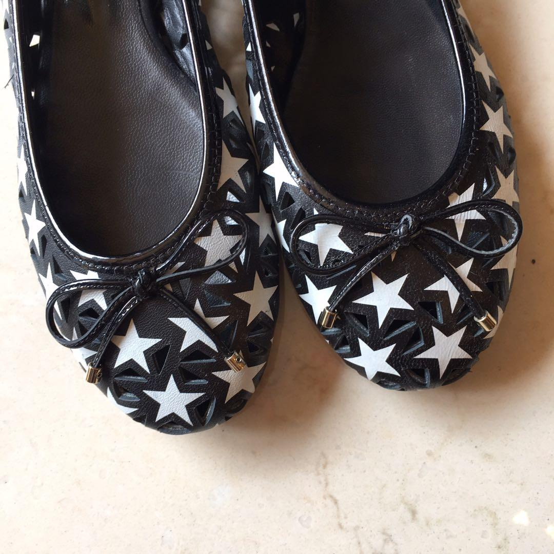 Jimmy Choo黑白鏤空星星娃娃鞋,6051.1