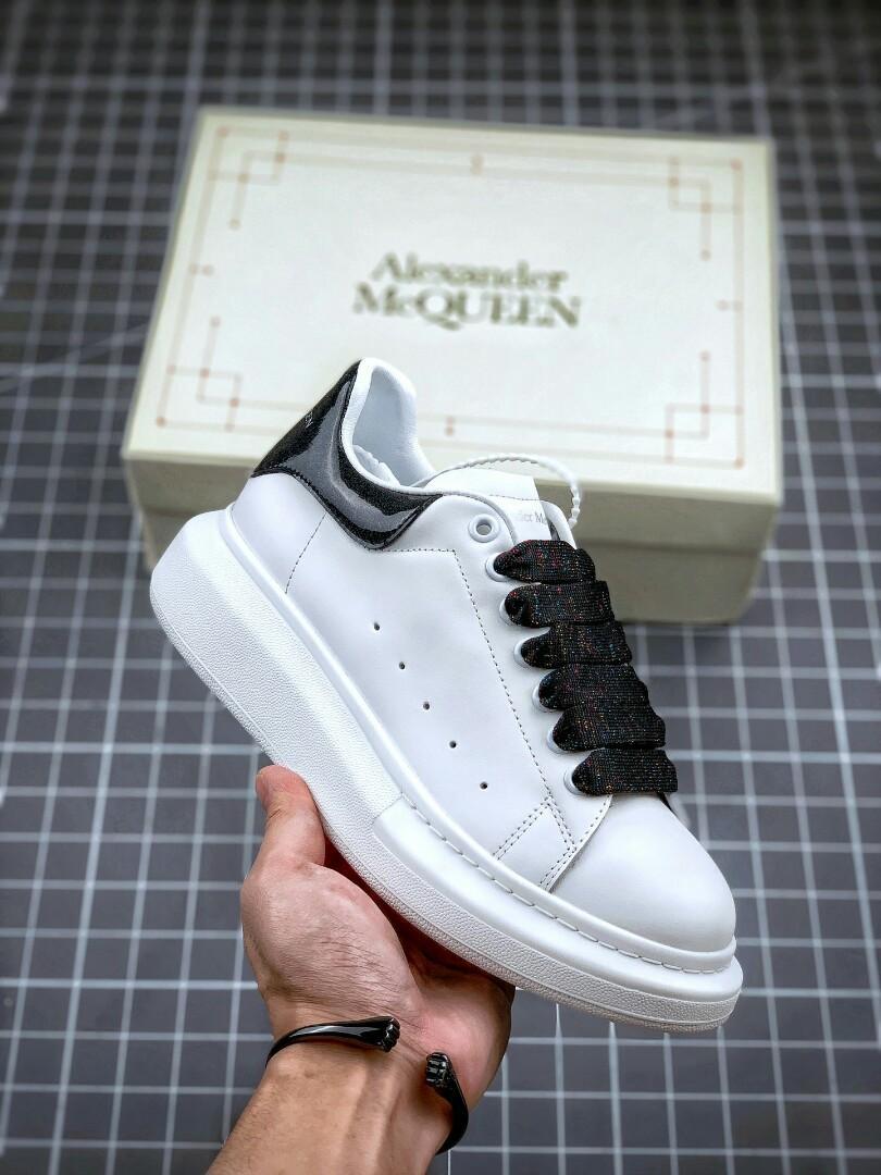 2020年新款配色小白鞋鞋底厚4.5cm SIZE :35 36 37 38 39, 女裝, 女裝鞋 - Carousell