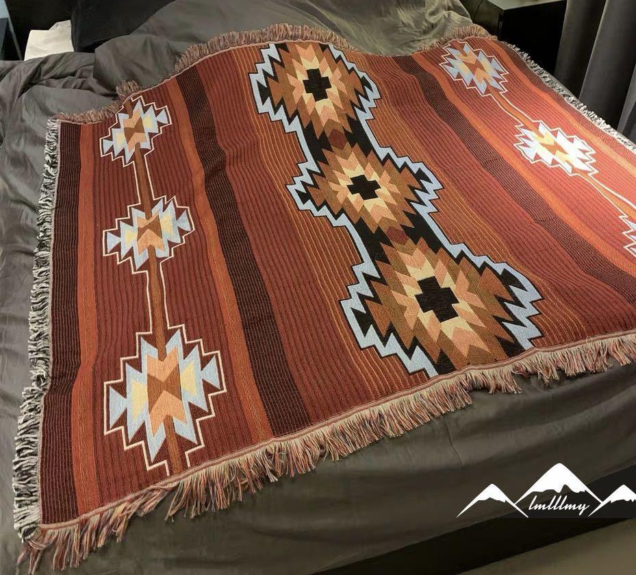 **新款?** 民族 sofa 復古 梳化套 針織 布藝 復古 懷舊 地氈 地毯. 傢俬&家居. 其他 - Carousell