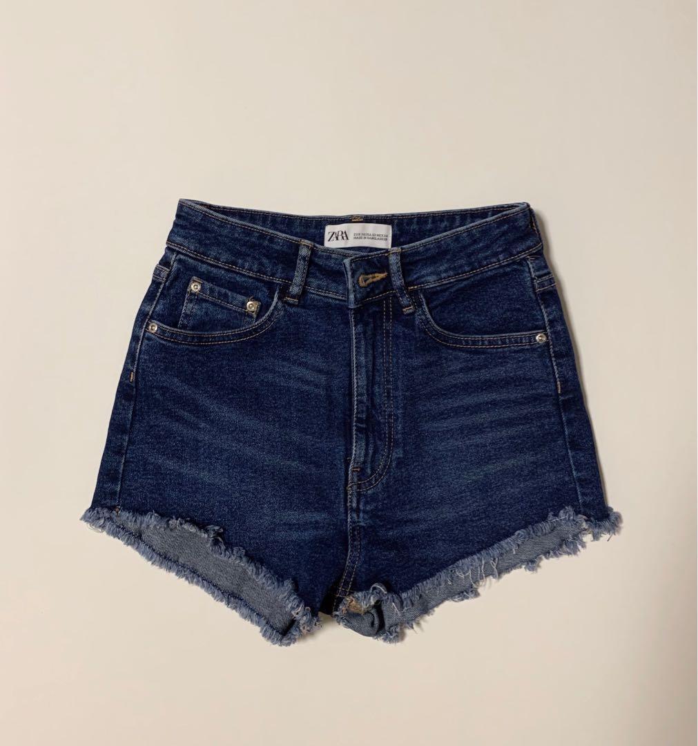 Zara高腰深藍色牛仔短褲 high waisted blue denim shorts, 女裝, 女裝褲&半截裙 - Carousell